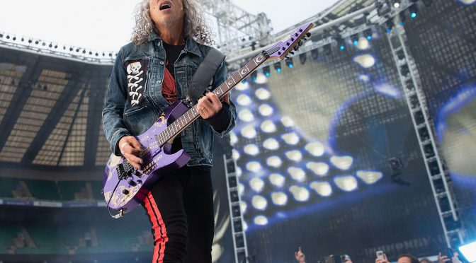 """Kirk Hammett says he hopes Metallica's new record will """"cut through the division"""" in the world"""